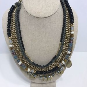 Stella dot statement necklace